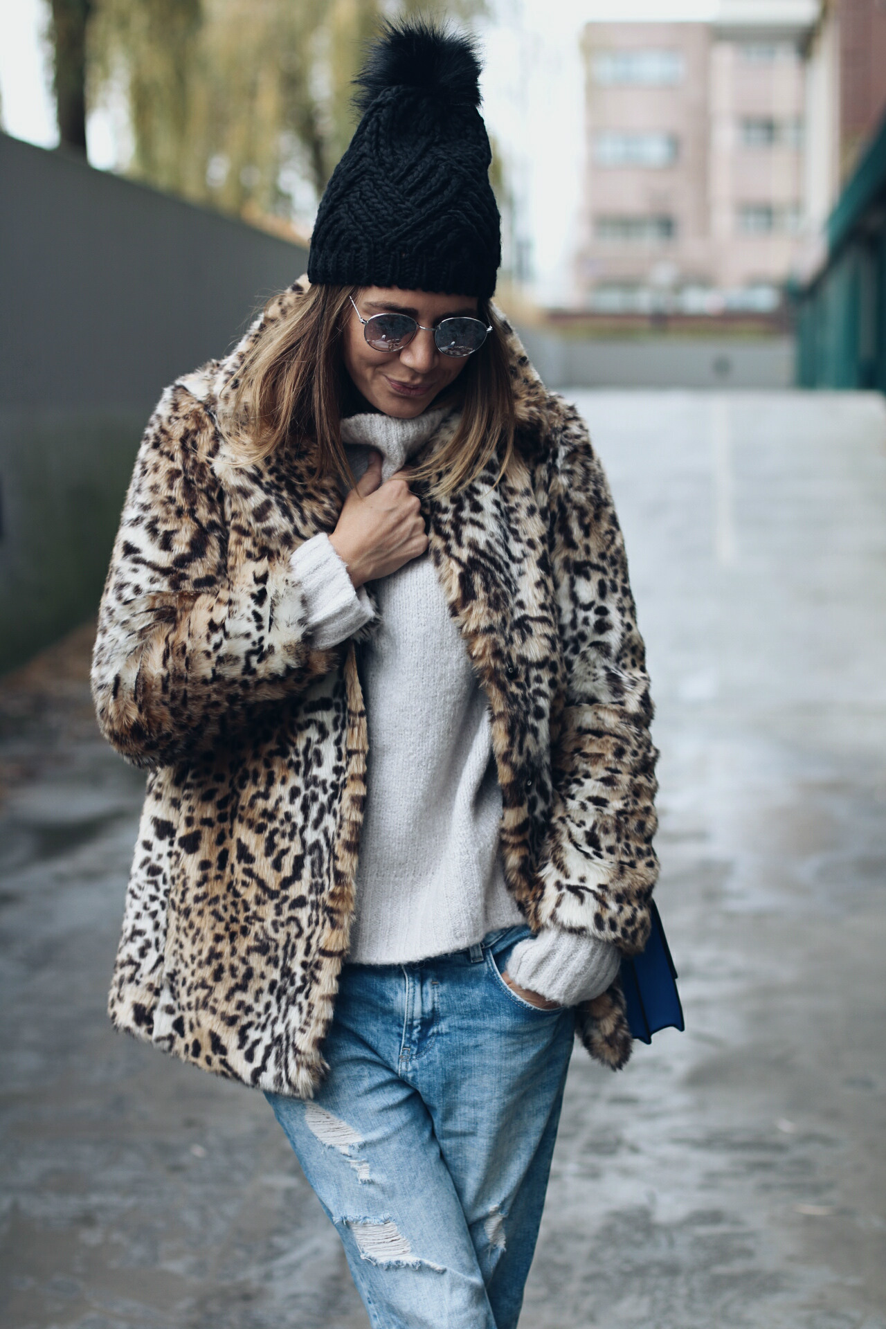 Fashion Blogger - www.wordsthroughtheeyes.com